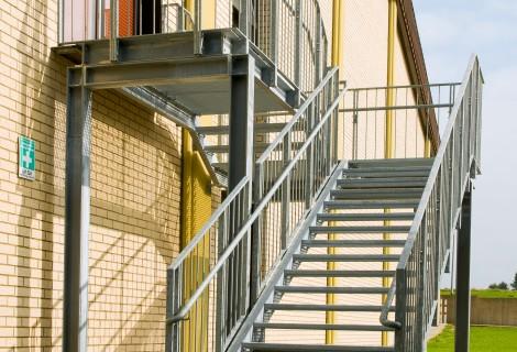 Fluchttreppe für öffentliches Gebäude