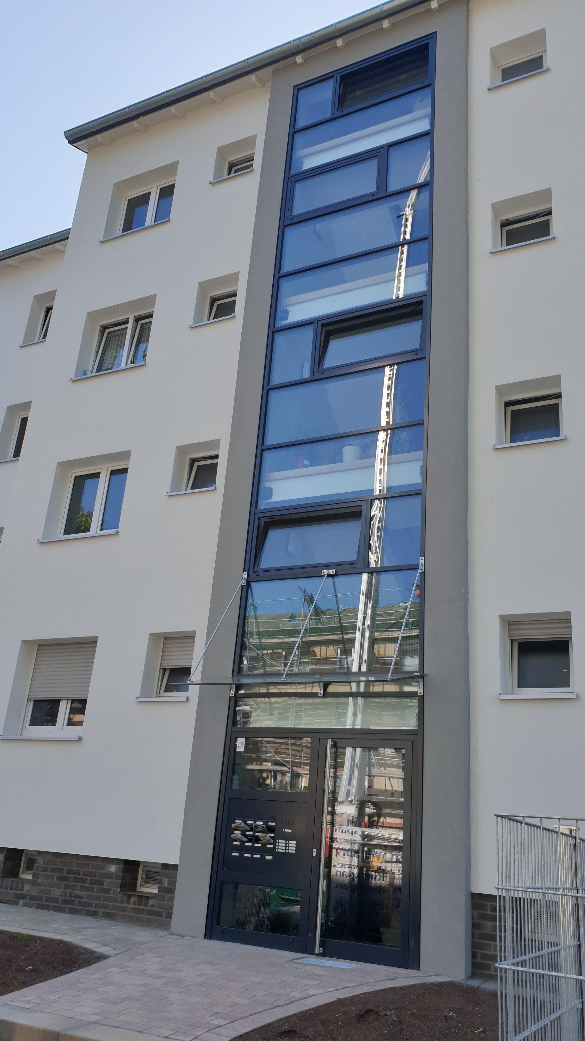 Sanierung Wohnblocks Frankfurt